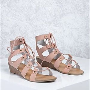 SALE‼️ Leather Caged Sandals